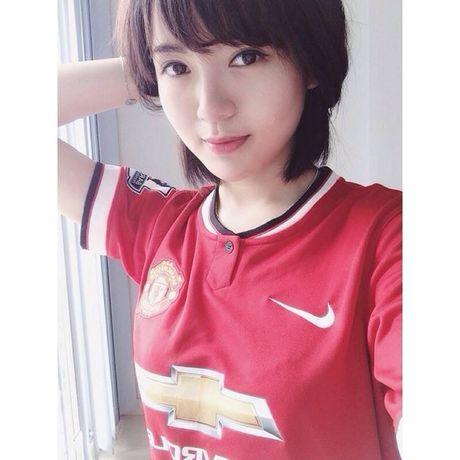 Hot girl Tu Linh buc xuc khi bi do toi khien MU thua - Anh 8