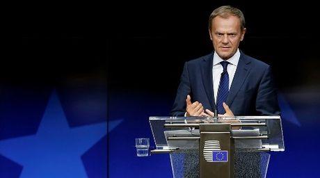 EU 'bac nhuoc', suy yeu truoc Nga - Anh 1