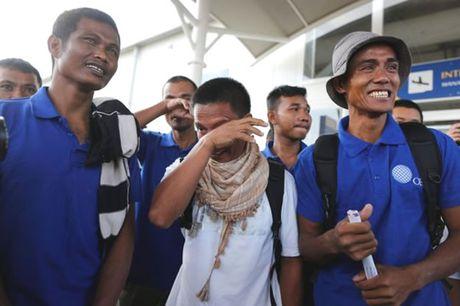 """Vu cuop bien Somalia tha 26 con tin: """"Chung toi phai an chuot de song"""" - Anh 1"""