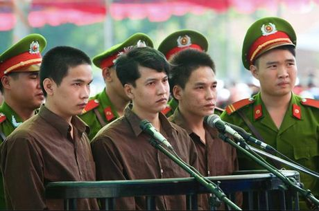 Hung thu vu tham an o Binh Phuoc gui don xin hien xac cho y hoc - Anh 2