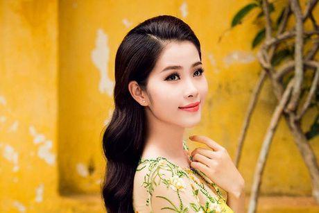 Nam Em doat giai Hoa hau Anh tai Hoa hau Trai dat 2016 - Anh 1