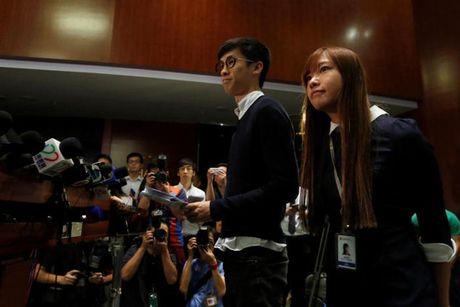 "Cam cua 2 nghi si cam bieu ngu ""Hong Kong khong phai Trung Quoc"" - Anh 1"