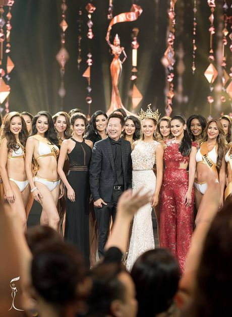 Nguyen Thi Loan gay sot voi man trinh dien bikini boc lua - Anh 7