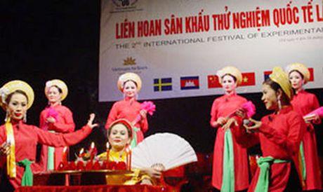Lien hoan quoc te San khau thu nghiem lan thu III - Anh 1