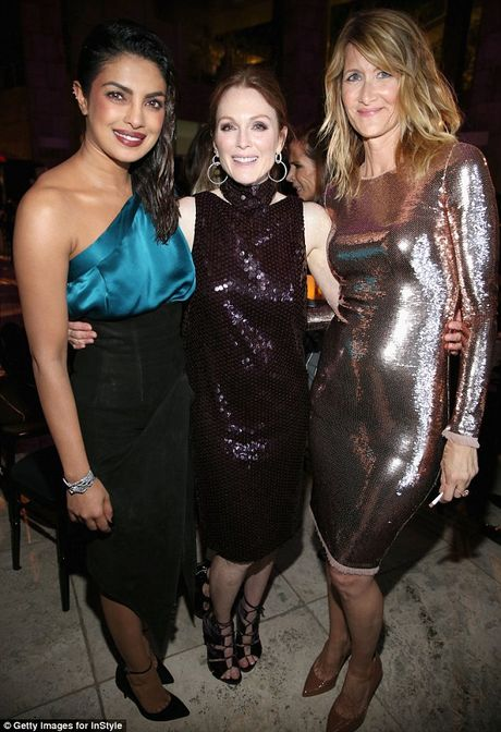 Nicole Kidman long lay quy phai voi dam xe cao - Anh 9