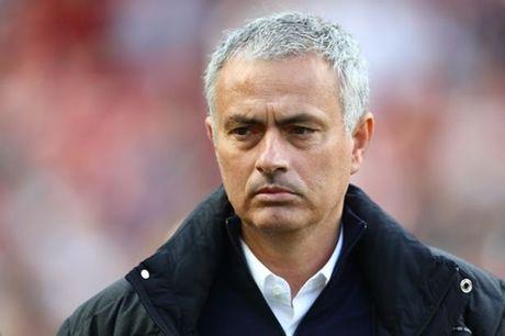 Mourinho da co cach vuc day tinh than cho cac hoc tro - Anh 1