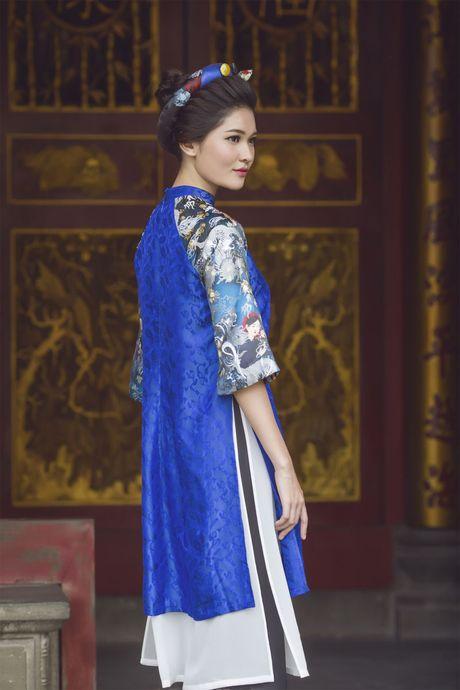 Ngam 'co Tam' cua Hoa hau Viet Nam trong ao dai truyen thong - Anh 14