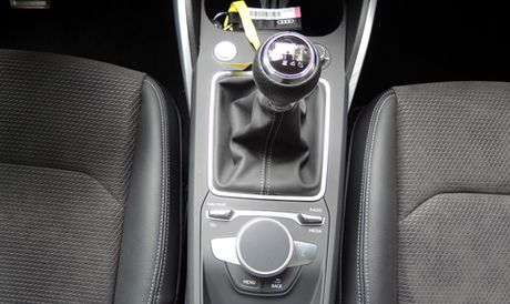 Audi Q2 xuat hien tai Viet Nam - Anh 9