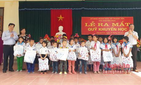 Gan 340 trieu ung ho Quy khuyen hoc xa Thanh Yen (Thanh Chuong) - Anh 2