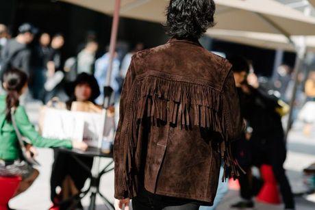 Chiem nguong loat xu huong thoi trang cuc chat tai Seoul Fashion Week - Anh 3