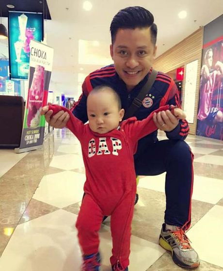 2 nam qua, day chinh la nguoi lam thay doi tat ca cuoc song cua Tuan Hung - Anh 10