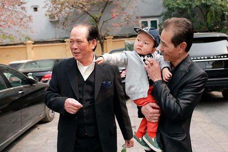 2 nam qua, day chinh la nguoi lam thay doi tat ca cuoc song cua Tuan Hung - Anh 18
