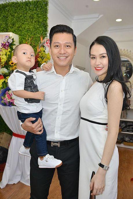 2 nam qua, day chinh la nguoi lam thay doi tat ca cuoc song cua Tuan Hung - Anh 2