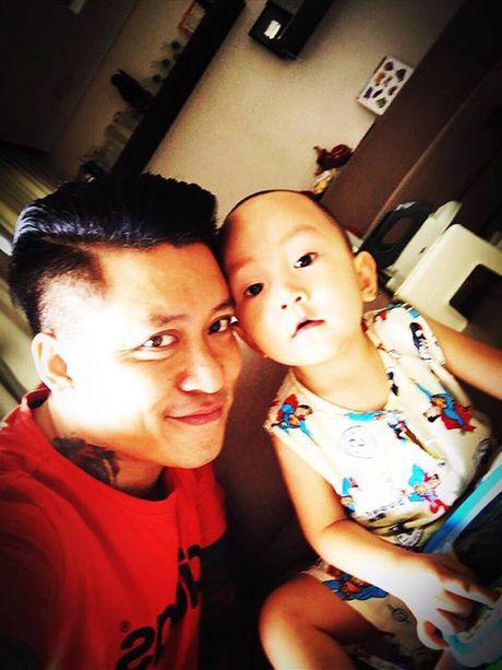 2 nam qua, day chinh la nguoi lam thay doi tat ca cuoc song cua Tuan Hung - Anh 8