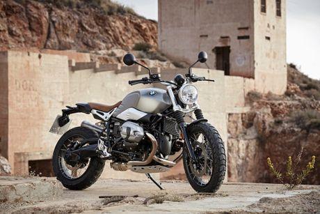 BMW R Nine T Scrambler, them naked-bike hang sang ve Viet Nam - Anh 1