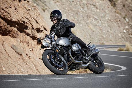 BMW R Nine T Scrambler, them naked-bike hang sang ve Viet Nam - Anh 2