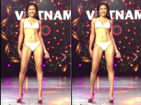 Nguyen Thi Loan trinh dien bikini xuat sac tai Hoa hau Hoa binh quoc te - Anh 3