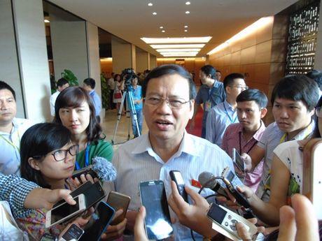 Vi pham cua nguyen Bo truong Vu Huy Hoang: Can xu ly nghiem - Anh 1