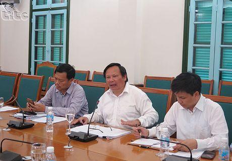 Tong cuc truong Nguyen Van Tuan lam viec voi UBND tinh Quang Ninh - Anh 2