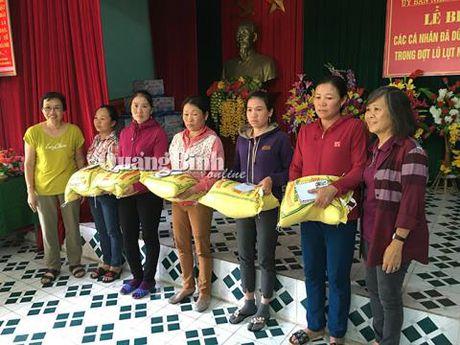 Gia dinh Dai tuong Vo Nguyen Giap cuu tro vung lu que nha Quang Binh - Anh 3