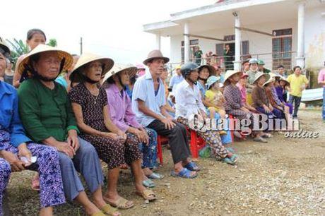 Gia dinh Dai tuong Vo Nguyen Giap cuu tro vung lu que nha Quang Binh - Anh 4