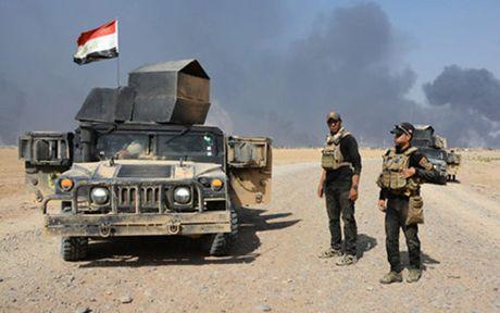 Them mot thanh pho o Iraq that thu va lot vao tay IS - Anh 1