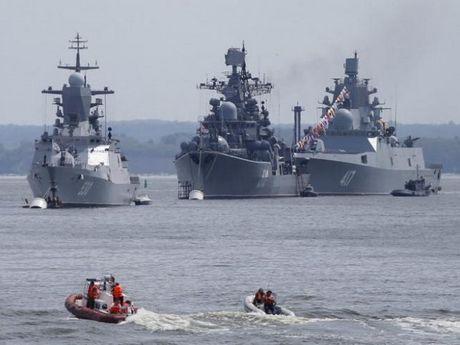 Nga cung co Ham doi Baltic o Kaliningrad de doi pho voi NATO - Anh 1