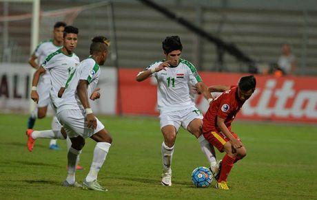 AFC phat nang U19 Viet Nam vi... U19 Iraq ra san muon - Anh 1