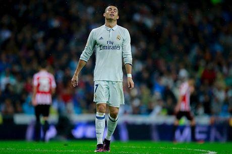 Zidane: Dang cap cua Ronaldo se som tro lai thoi - Anh 1