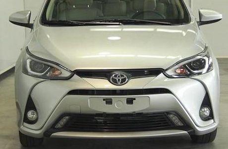 Toyota Yaris L Sedan - Vios phien ban 'Tau' gia 247 trieu - Anh 2
