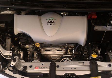 Toyota Yaris L Sedan - Vios phien ban 'Tau' gia 247 trieu - Anh 5
