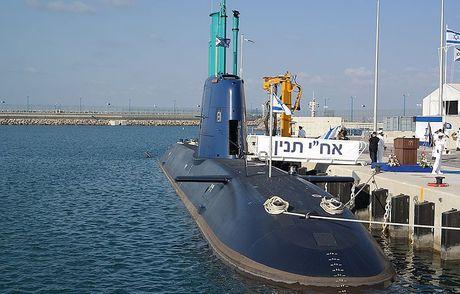 Israel mang ten lua hat nhan len tau ngam, Nga-Syria 'rung minh' - Anh 6