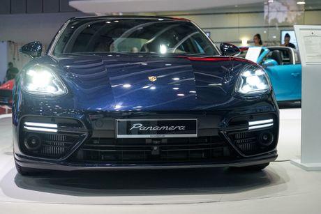 Porsche bat ngo trinh dien Panamera 2017 hoan toan moi tai Viet Nam - Anh 2