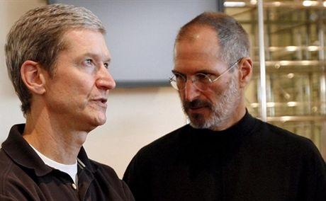 Vi sao Tim Cook se khong qua khoi cai bong cua Steve Jobs? - Anh 1