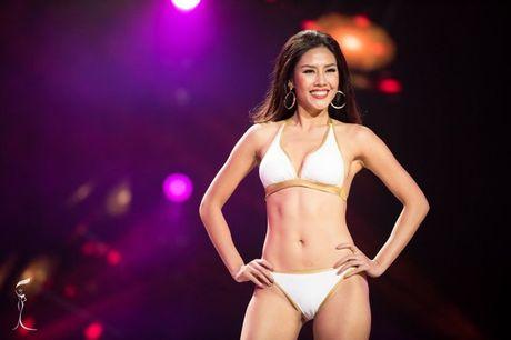 Nguyen Thi Loan ngam ngui dung chan o Top 20 Hoa hau Hoa binh the gioi 2016 - Anh 4