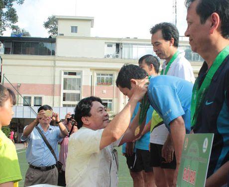 San choi cho hon 2.000 CNVC-LD - Anh 1