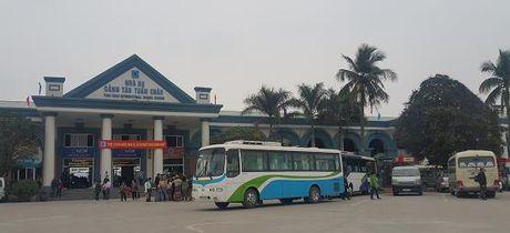 Quang Ninh: Cang tau khach quoc te Tuan Chau dua nha ga moi vao hoat dong - Anh 1