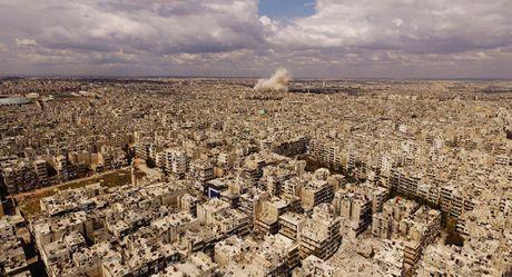 Nga trung bang chung phu nhan khong kich benh vien Syria - Anh 1