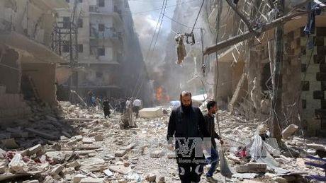 Khong kich gan truong hoc Syria, 16 dan thuong thiet mang - Anh 1