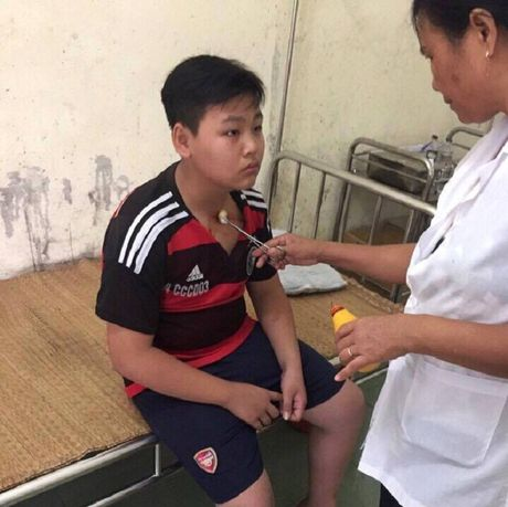 Tran tinh cua giao vien danh hoc sinh lop 8 o Thanh Hoa - Anh 1