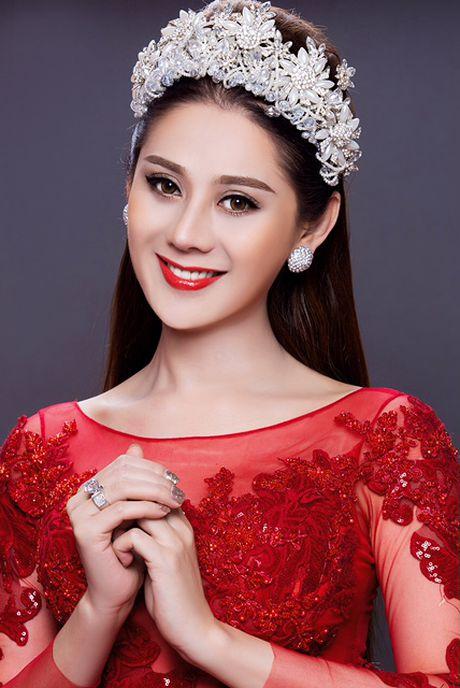 Lam Chi Khanh da chia tay ban trai 'phi cong' 6 mui - Anh 5