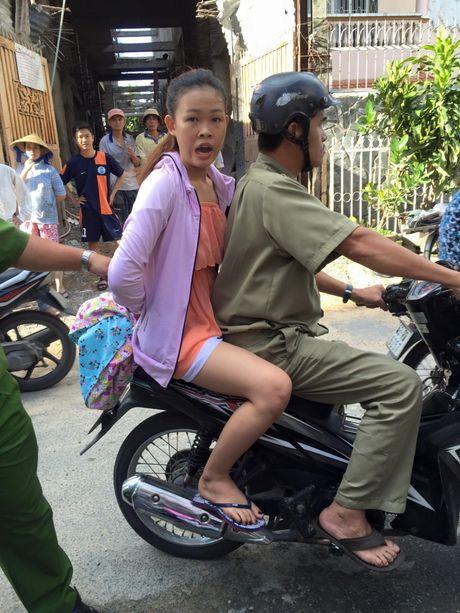 """Ca si Hoang Ai My tu tay bat """"nu dao chich"""" - Anh 2"""