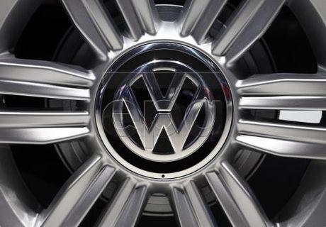 Tu giua thang 11/2016, VW se mua lai cac xe bi cai phan mem gian lan khi thai - Anh 1