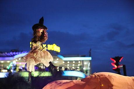 Dac sac khu vuon bi ngo Halloween than tien - Anh 6