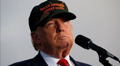 Ong Trump to ba Clinton kich ngoi chien tranh the gioi thu 3 neu dac cu - Anh 1