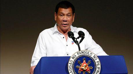 Den Nhat Ban, Tong thong Philippines keu goi dau tu - Anh 1