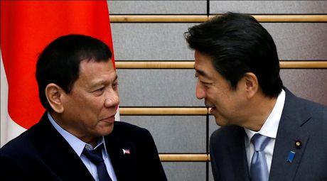 Tong thong Philippines tuyen bo dung ve phia Nhat Ban trong van de Bien Dong - Anh 1