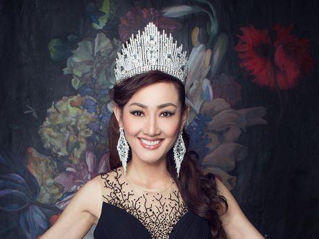 Tracy Hang Nguyen bat ngo dai dien Dan Mach tham du 'Mrs World' 2016 - Anh 1