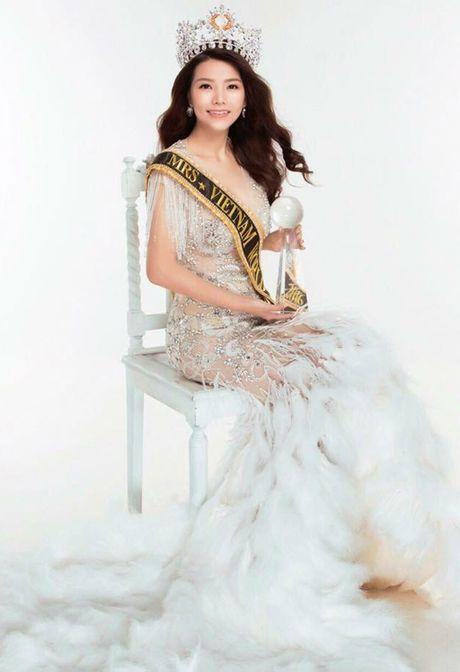 Tracy Hang Nguyen bat ngo dai dien Dan Mach tham du 'Mrs World' 2016 - Anh 2