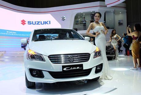 Hinh anh chi tiet Suzuki Ciaz tai Trien lam O to quoc te 2016 - Anh 2